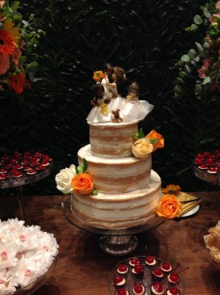 Naked cake Amêndoa com damasco