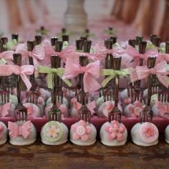 Cakepops com garfinho